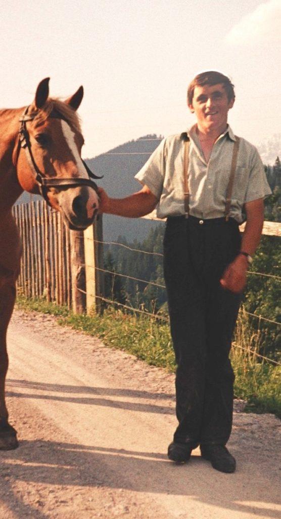 Adam Rettensteiner mit Pferd, ca. 1964, © Fam. Raab aus Köln