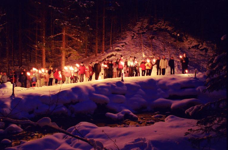 Fackelwanderung zur Waldweihnacht in Forstau © Tourismusverband Forstau