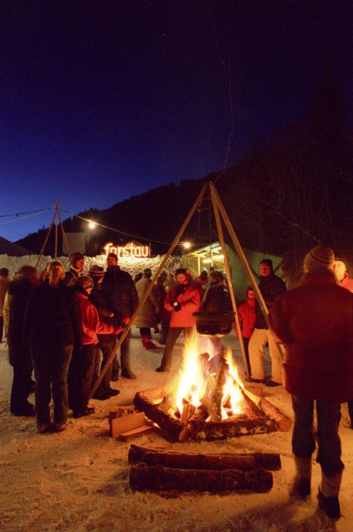 Lagerfeuer bei der Waldweihnacht in Forstau © Tourismusverband Forstau