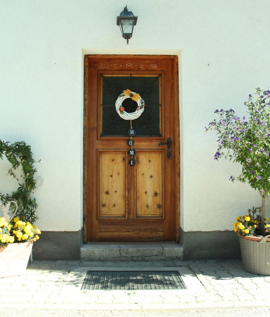 Haustüre des Bauernhauses